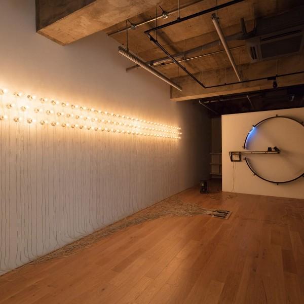 100の白熱灯のための接点 #2, 2014