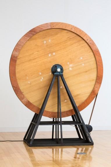 回転する木の円盤 #1