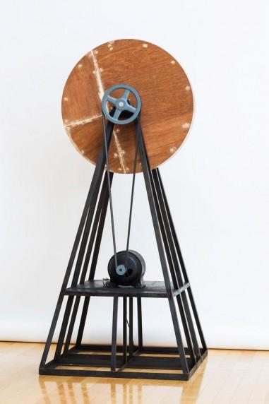 回転する木の円盤 #2