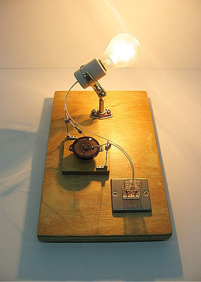 白熱灯のための接点#2