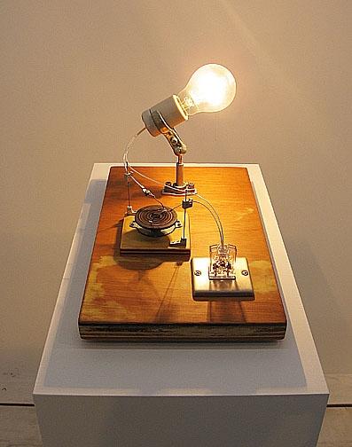 白熱灯のための接点#3