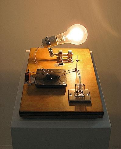 白熱灯のための接点#5