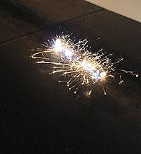 14の白熱灯のための接点 – 新世代への視点'06